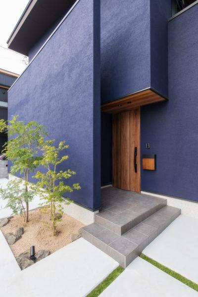 NAVYの塗り壁のお家1