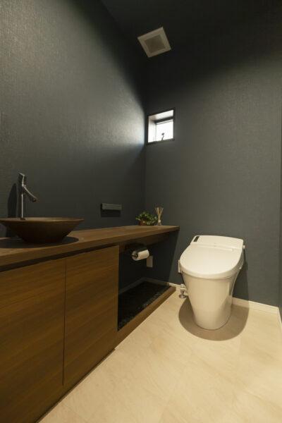 こだわりカラーの塗り壁 BEシステムのお家8