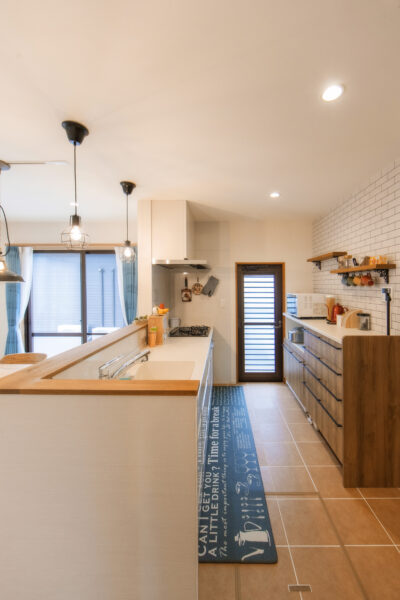 多彩なアイデアから叶えた、新築のように快適なわが家3